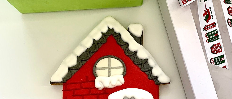 Gingerbread House Front GIVIT