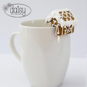 Daisy-Cakes-and-Bakes-Gingerbread-MugHugger