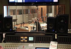 Josh Daubin Studio Drummer