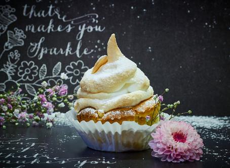 Rhabarber Baiser Cupcakes