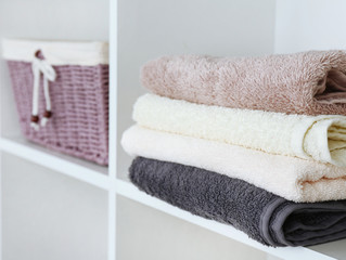 "Cleanout Tips for Linen Lovers by ""Bless this Mess"""