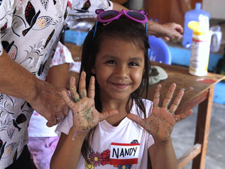 Peruvian Community Comes Together to Improve Lives