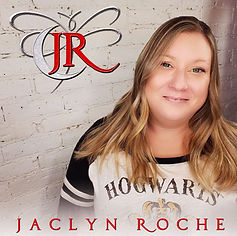 Jaclyn Roche Author picture