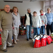 Food bags for Robinson CLC - packed by T