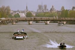 12.04.09 Tur ved Seinen
