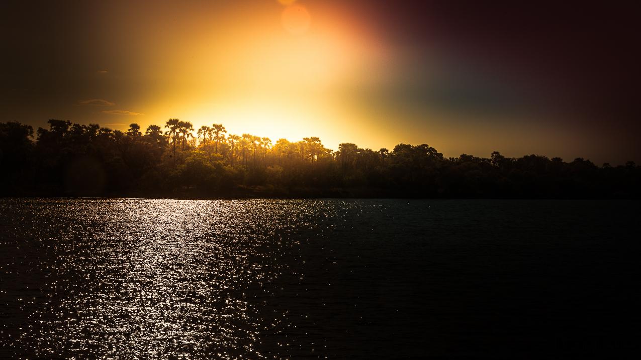 06-10-13 Zimbabwe, hotel, solnedgang