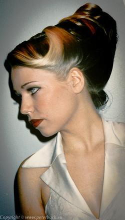 1998 Rikke går model