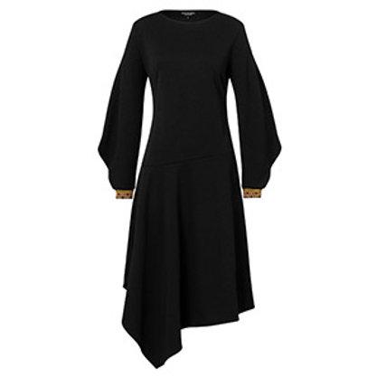Asymmetrisches schwarzes Kleid, Vorderansicht, Ana Alcazar