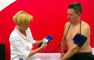 Ambulante Blutdruck-Langzeitmessung.jpg