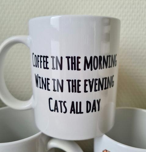 Poewz. MOK Coffee & Wine