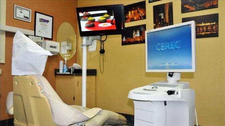 cosmetic dentist mississauga