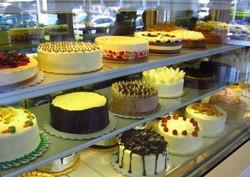 calea cakes.jpg