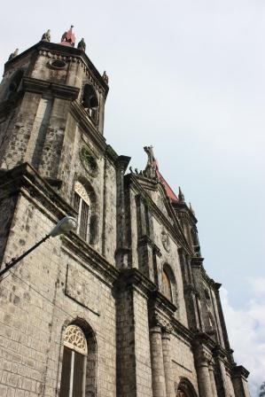 iloilo+molo+church.jpg