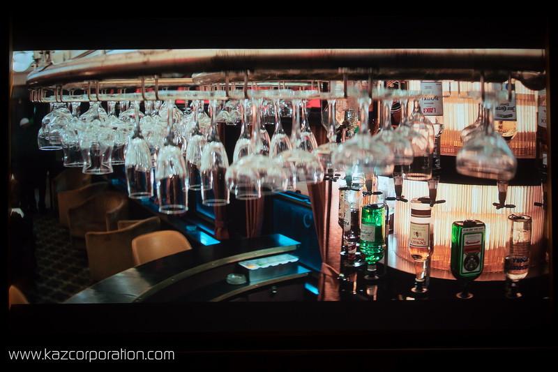 Optoma CinemaX P2 - Equalizer 2 verres du bar