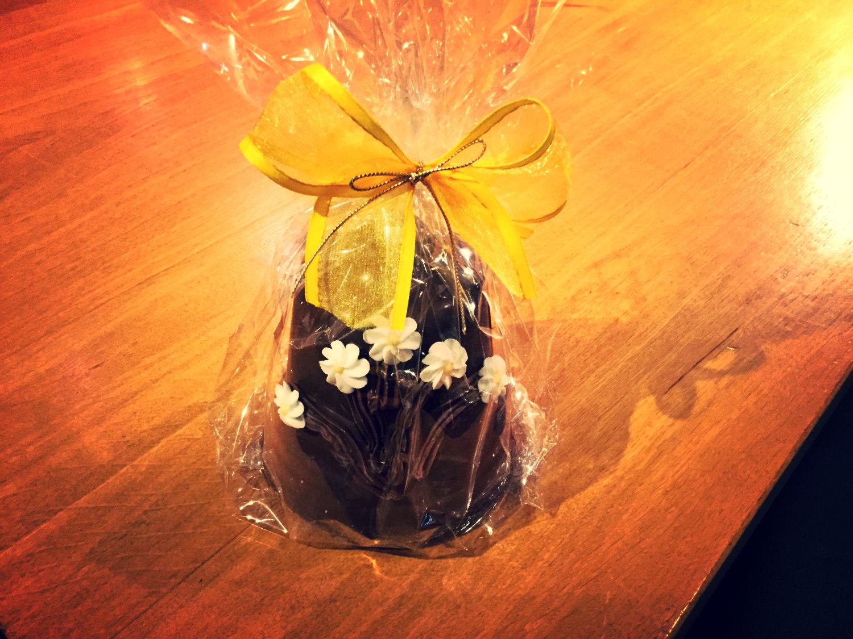 Campana di cioccolato artigianale