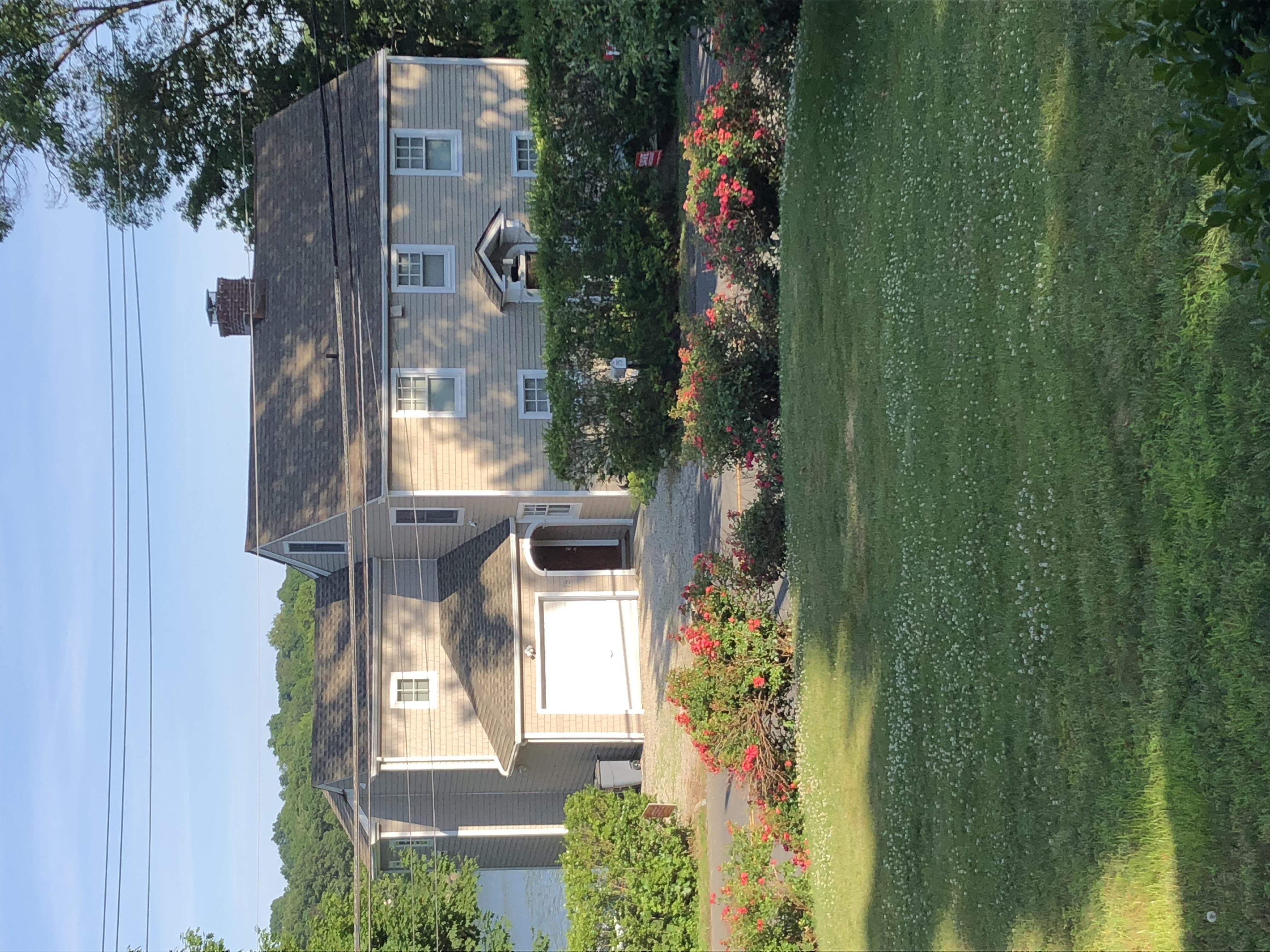Larsen house