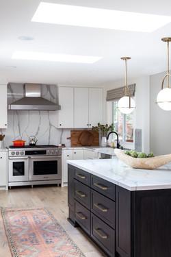 Wide open bright kitchen in modern Alamo