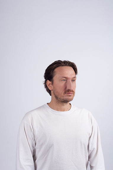 LIAR (Prise de vue Sébastien Fayard, Make-up et installation prothèses latex : Gaëlle Aviles Santos)