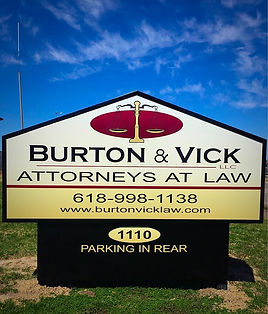 best lawyers in marion, illinois, southern illinois attorney, business law,  LLC, corporation, partnerships, employment issues, contracts, business real estate, articles of incorporation, shareholder agreements, buying a business, sellling a business