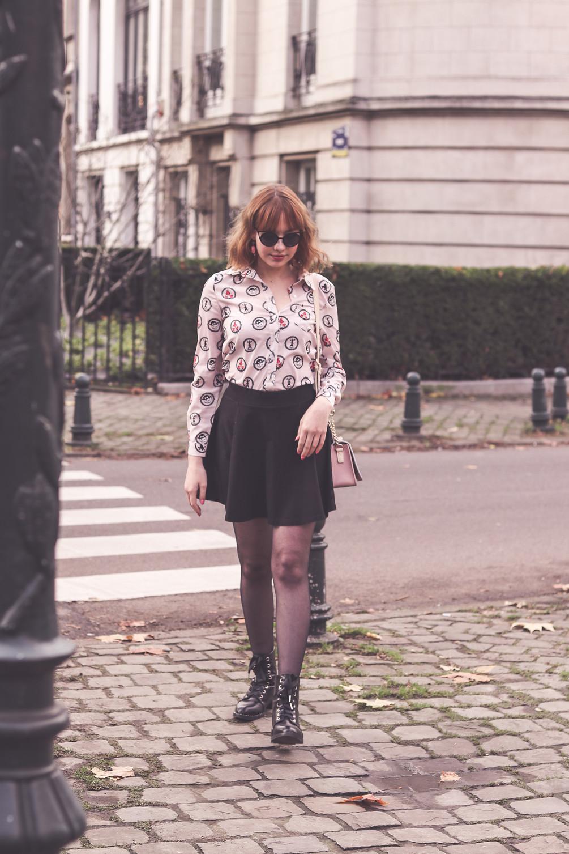 Retro outfit in Avenue Molière
