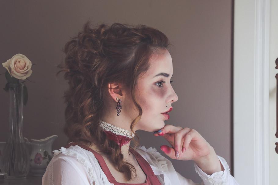 Halloween Idea - Beheaded Marie-Antoinette