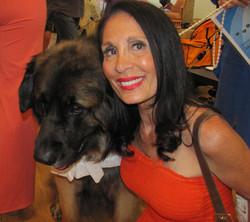 Dog Show Gail Mr America.jpg