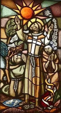 saint françois et frère soleil vitrail saint damien assise