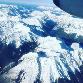 We are nearly home! Beautiful flight over the Southern Alps today to Hokitika with #airnz Westport here we come! #jaynenakata #newzealand #g