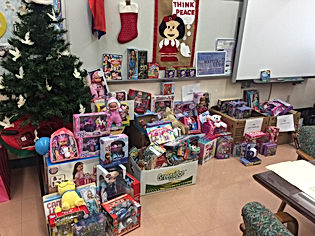 Holiday Gift Giving at William Lehman Elementary