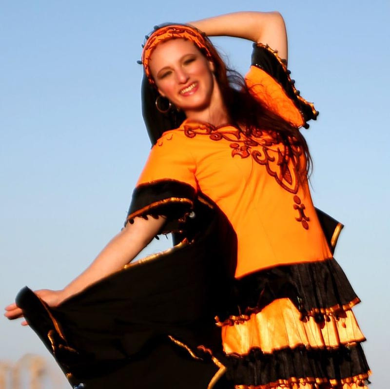 Nadine - Folklore Freitag