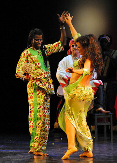 Orientalischer Bauchtanz & Afro Dance