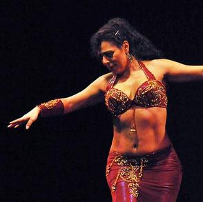 Neuer Kurs: Orientalischer Tanz - Technik mit Mona