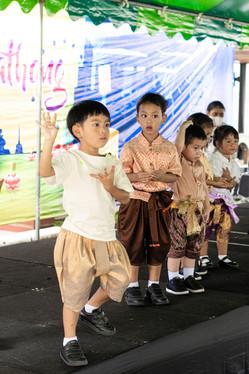 Traill Loi Krathong 2020 049.JPG