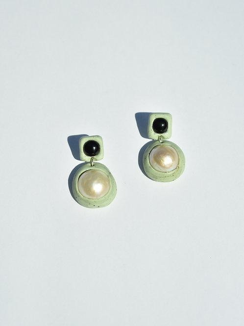 Pistachio Onyx Pearl Earrings