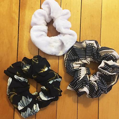 set of 3 blue floral/striped/white scrunchies