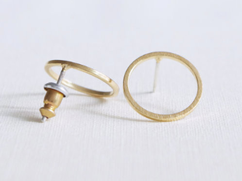 gold minimalist circle post earrings