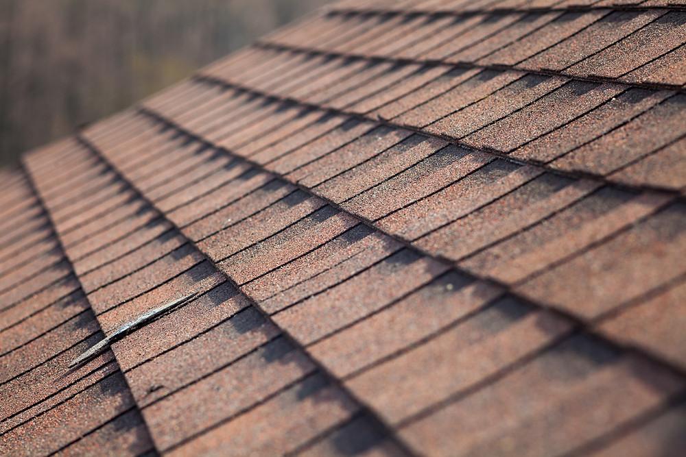 Residential home asphalt shingle roof