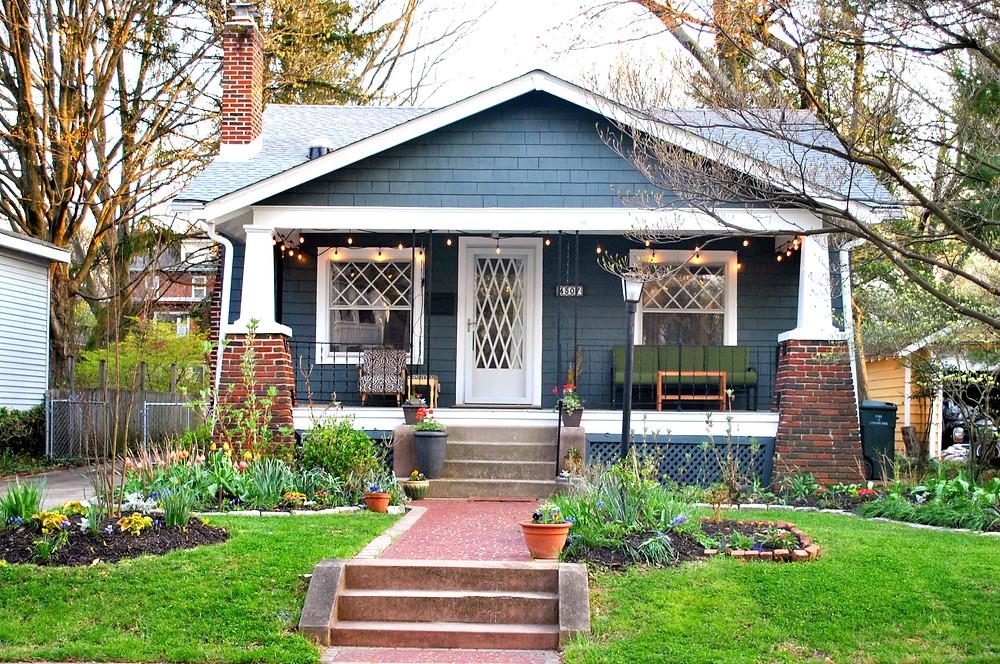 cute bungalow house near Hyattsville