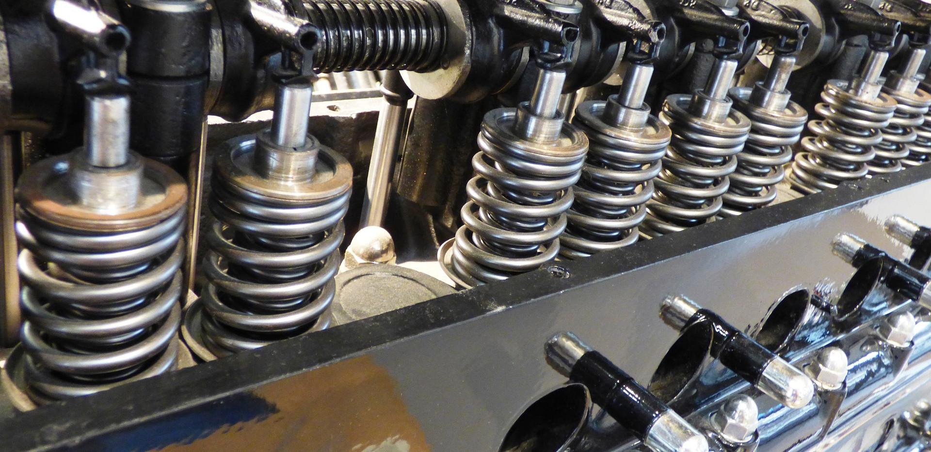 engine-1100580_1920.jpg