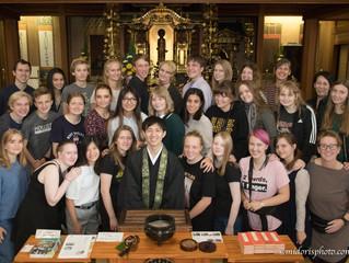 デンマークの学生が法善寺を訪問しました。