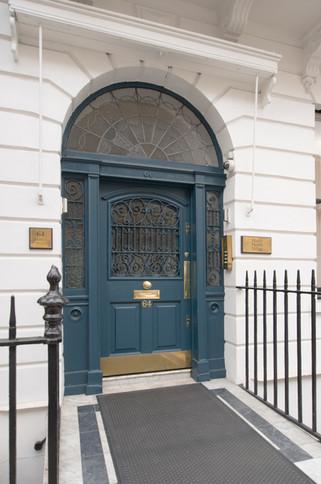 Harley-Street-Hospital-Entrance