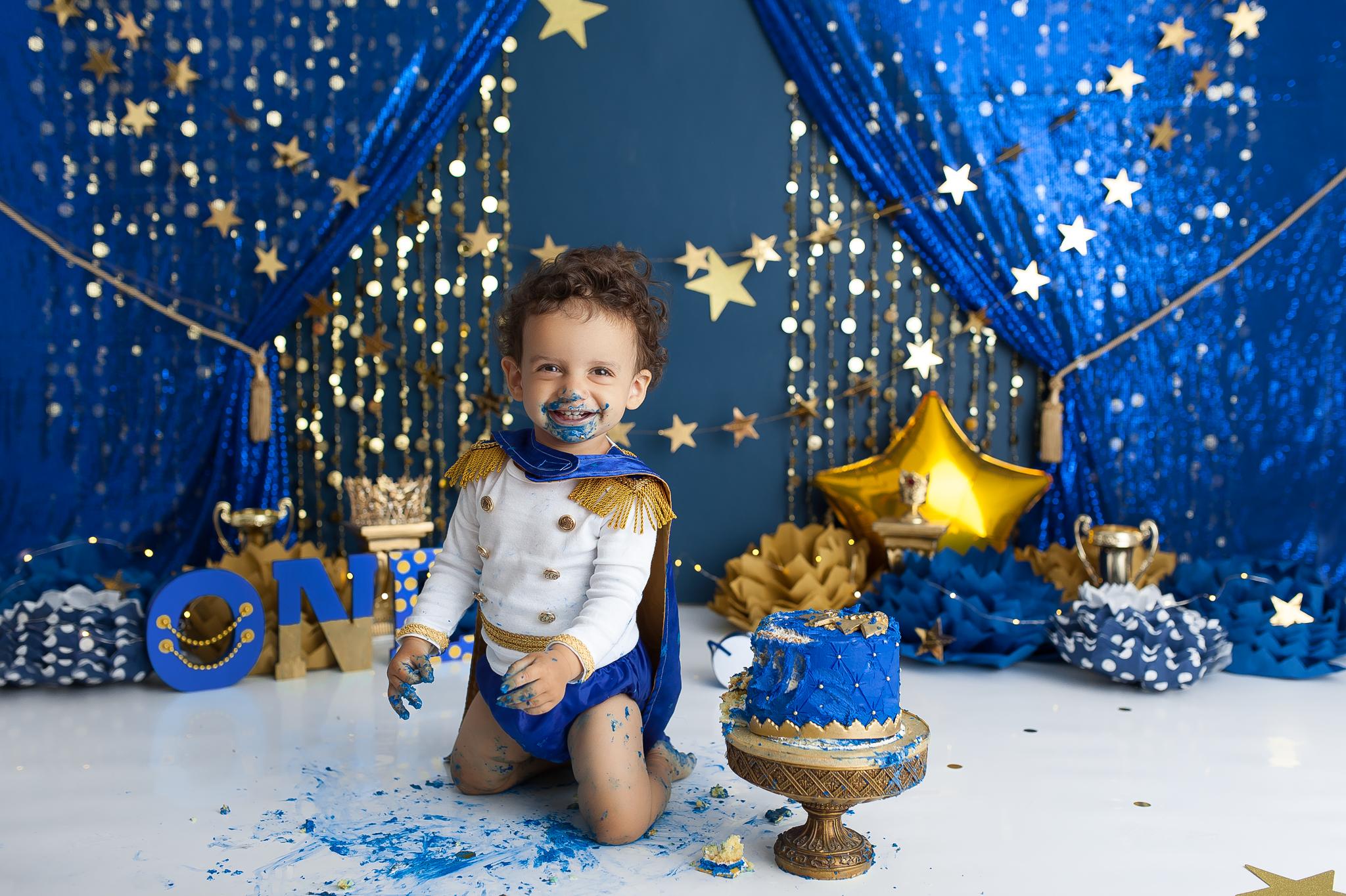 royal cake smash