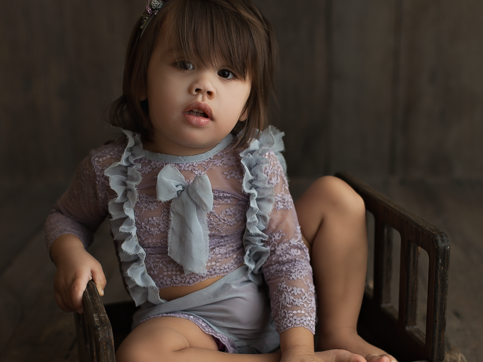 BABY K   SITTER SESSION   HAMILTON ONTARIO CHILD SESSION   CHILD PHOTOGRAPHER IN HAMILTON ONTARIO