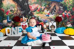 alice in wonderland cake smash