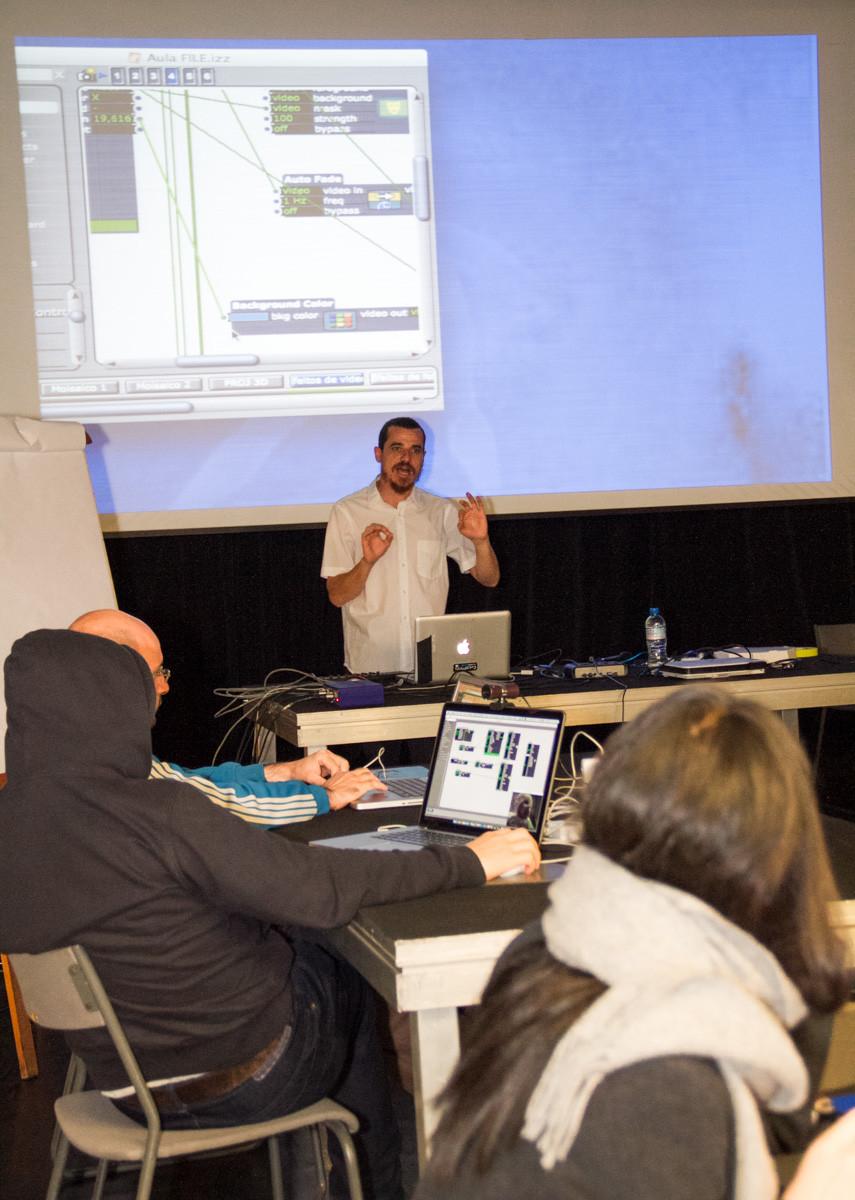 File 2015 workshop Moizes Vasconcellos-4.jpg