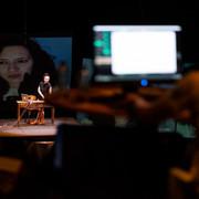 Estranhas - Espetáculo de Teatro em ambiente virtual.