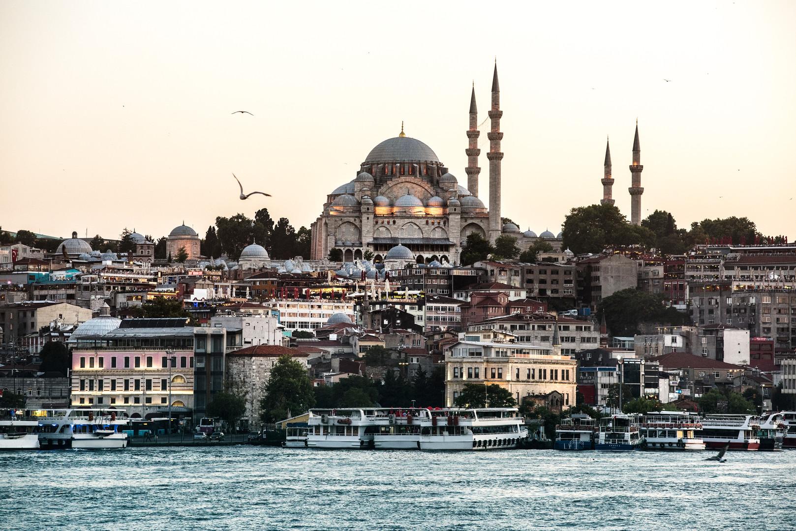 istanbul-s-ocean-with-cruise-ship.jpg