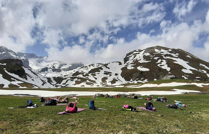 Yoga & Randonnée dans un paysage magnifique