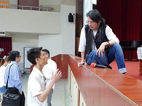 【專訪葉丙成】因應新課綱養成閱讀素養,許多有心的學校都動起來了