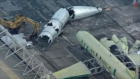 Brand new Nimrod aircraft (costing £4bn) destroyed to 'save money'